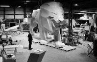 Peugeot celebra i 160 anni del suo iconico leonecon una scultura monumentale