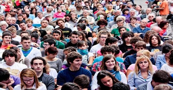 Orientare i giovani al mondo del lavoro aumenta la loro fiducia nel Sistema Paese e riduce i costi sociali