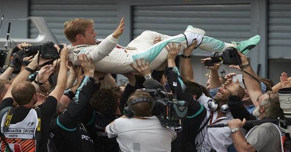 Mercedes-Benz trionfa al Gp di Monza e sui social