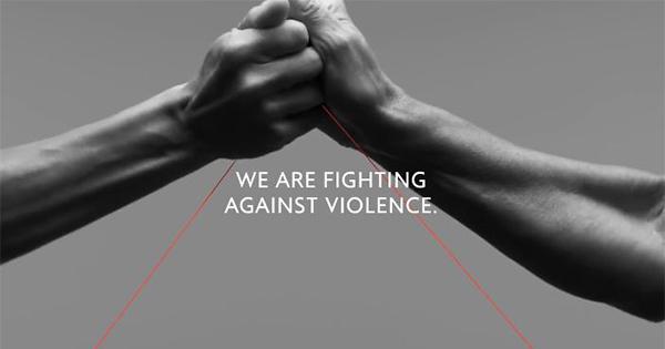 Benetton lancia la campagna per la Giornata contro la violenza sulle donne