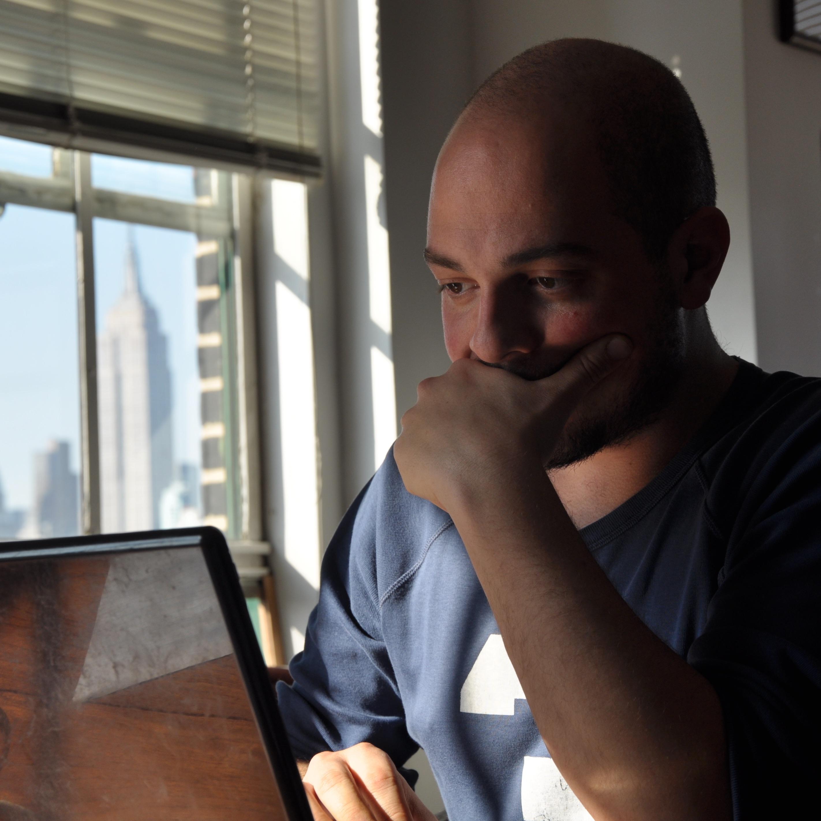"""""""La speranza del giornalismo è nelle iniziative dal basso"""": intervista al giornalista Alberto Puliafito"""