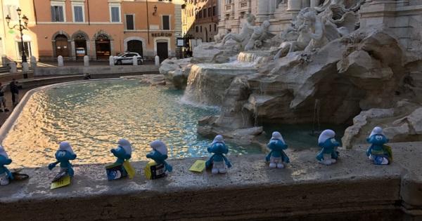 A Roma arrivano i Puffi per promuovere le bellezze di Bruxelles