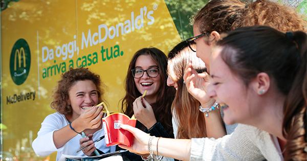 Grazie a McDelivery, McDonald's arriva ovunque. Lo racconta Leo Burnett