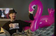 #SaveFlamingo, l'ironica campagna per la tutela delle Oasi WWF con J-Ax e il fenicottero rosa