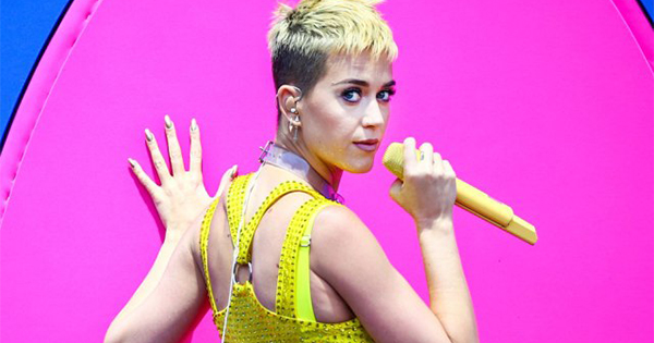 Parlare con Katy Perry su Facebook Messenger? Da oggi è possibile