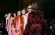 La moda da capo a piedi su Facebook e Instagram