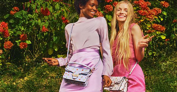 Coccinelle lancia la nuova campagna per la collezione Primavera/Estate 2018