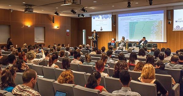 Fundraising Survey Italia 2018: italiani sempre più attratti da acquisti solidali