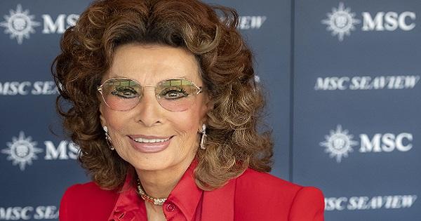Grande festa a Genova per il varo di MSC Seaview, con Sophia Loren, Michelle Hunziker e Zucchero