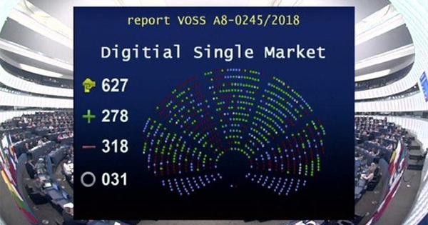 Il Parlamento UE blocca la Direttiva sul copyright. ANSO: «Una vittoria per i piccoli editori»