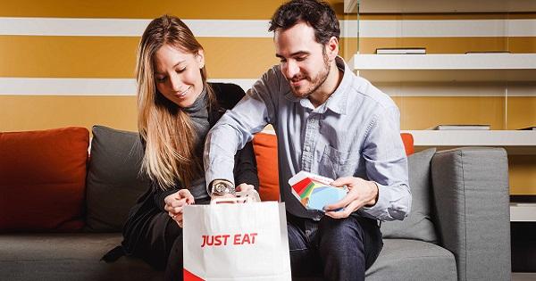 Cibo e tv: l'osservatorio Just Eat per la Giornata Mondiale della Televisione