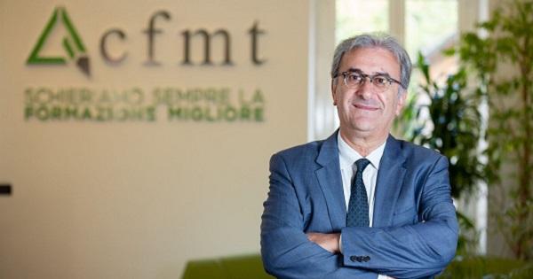 Sharing economy, servizi on demand, pagamenti digitali e megastore ibridi: i manager tracciano i trend per l'Italia nel triennio 2019-2021