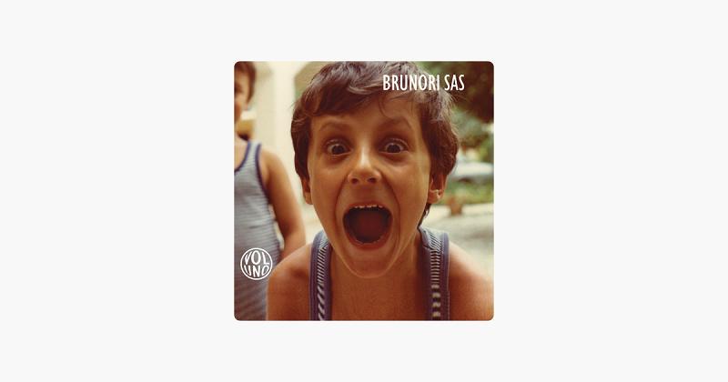 Dieci anni di Vol.1: i primi dieci anni di carriera di Brunori Sas