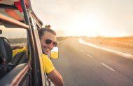 Gli italiani preferiscono spostarsi in auto in vacanza