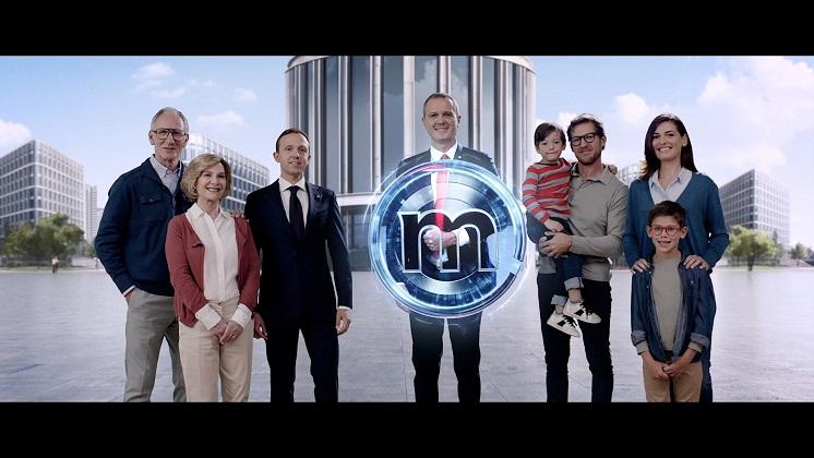 Banca Mediolanum: Massimo Doris supereroe per i clienti
