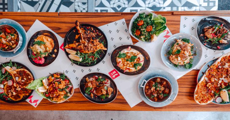Libanese, sapori asiatici e poké tra i trend del food delivery in Italia: i dati di Just Eat