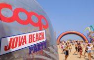 Coop consegna le t-shirt riciclate ai comuni del Jova Beach Party