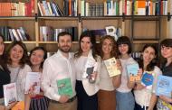 Vince la narrativa, resiste la carta e si acquista da smartphone: ecco le abitudini di lettura secondo bookabook
