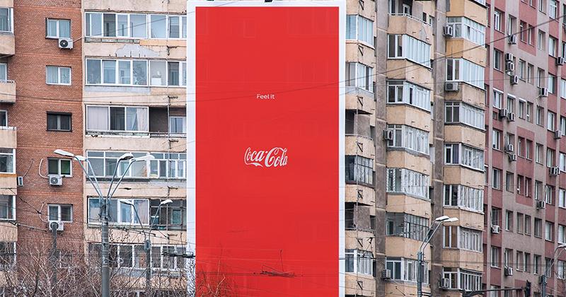 La bottiglia non c'è ma si sente nell'iconica campagna Coca-Cola firmata Publicis Italia