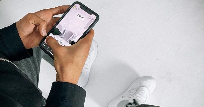 Su Snapchat disponibili le nuove sneaker di Dior
