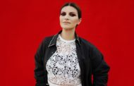 Laura Pausini colpisce ancora incassando la candidatura all'Oscar