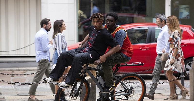 Dal 21 aprile su Netflix sbarca Zero, la nuova serie italiana ambientata a Milano