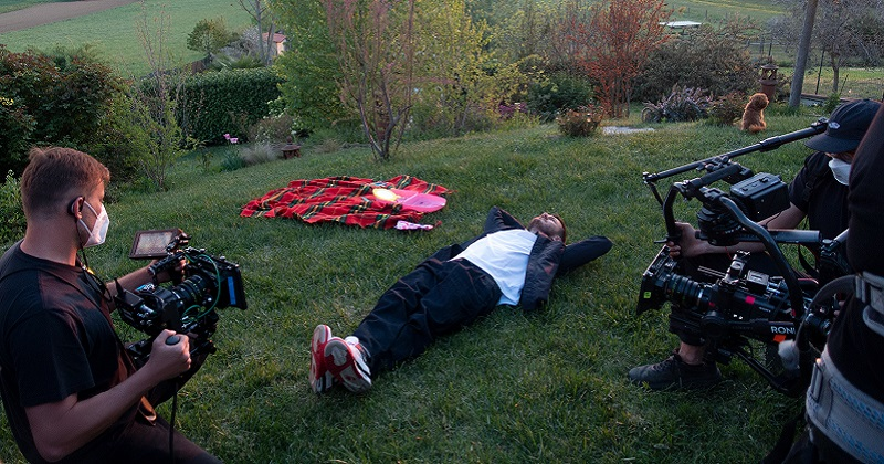 Alessandro Cattelan protagonista e autore di un docu-show su Netflix